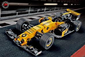 Renault Sport Formula One Team e LEGO France si incontrano all'Atelier Renault