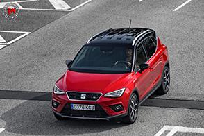 Estetica sportiva e nuove motorizzazioni per la Seat Arona FR