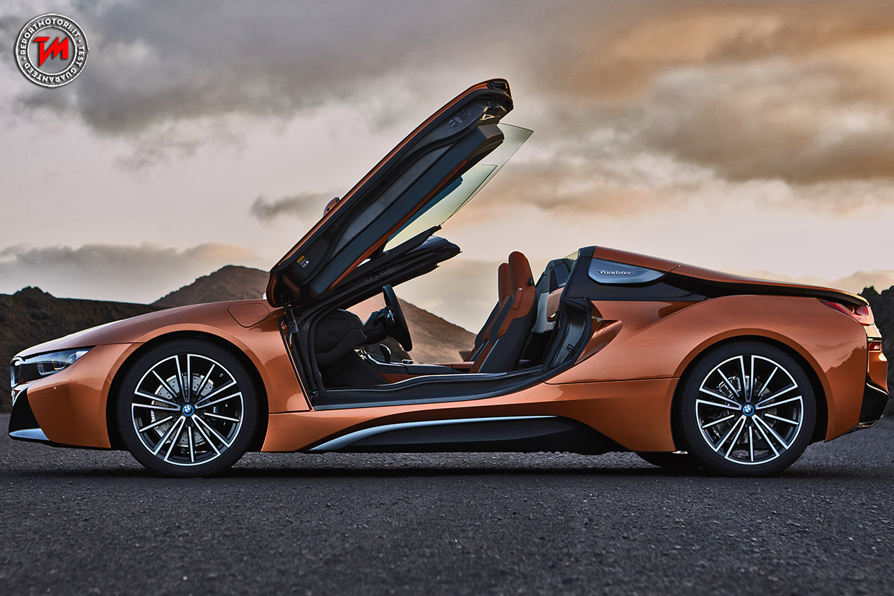 peso contenuto e potenza alle stelle per la nuova bmw i8 roadster. Black Bedroom Furniture Sets. Home Design Ideas