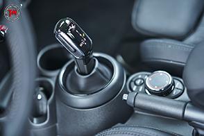 Arriva il cambio automatico Steptronic doppia frizione sulle nuove Mini