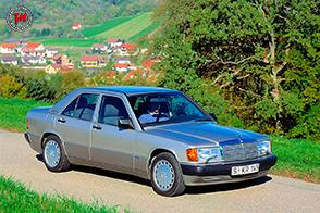 35 anni fa nasceva la Mercedes-Benz serie W 201