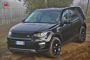 Land Rover Discovery Sport Black Limited Edition: tra eleganza e sportività