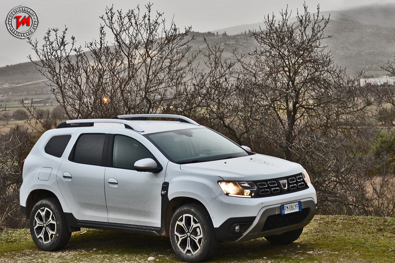 nuovo dacia duster un suv concreto che punta al successo in italia. Black Bedroom Furniture Sets. Home Design Ideas