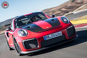 La storia infinita tra Walter Röhrl e Porsche