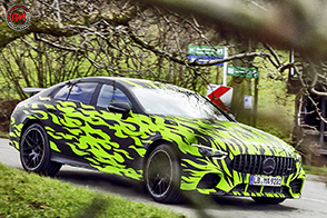 Test su strada per la Mercedes-AMG GT quattro porte