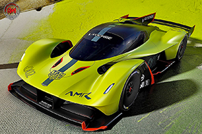 Aston Martin Valkyrie AMR Pro: la leggerezza di un bolide aerodinamico