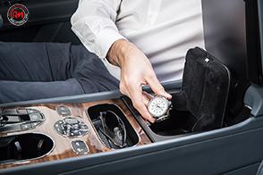 Bentley introduce sulla sua Bentayga il sensore impronte digitali