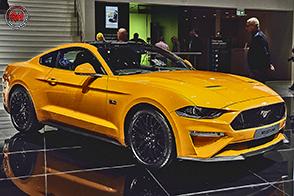 La nuova Ford Mustang si aggiorna nelle motorizzazioni e tecnologia