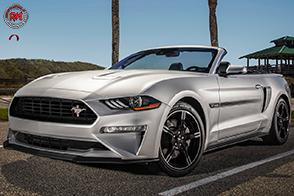 Motore 5 litri e trasmissione manuale per la Ford Mustang GT California Special