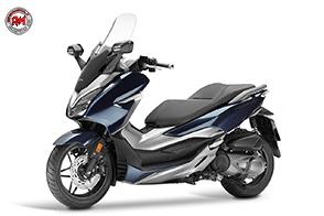 Controllo di trazione e motore SH300i: Honda presenta il nuovo Forza 300