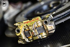 Ai raggi X l'impegno dei sistemi frenanti delle Superbike al TT Assen Circuit
