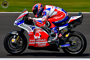 Danilo Petrucci firma con il Ducati Team: sarà il compagno di squadra di Dovizioso