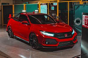 Alta manualità per la speciale Honda Civic Type R Pickup Truck