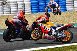 Dani Pedrosa ed Andrea Dovizioso messi fuori da uno scatenato Jorge Lorenzo!