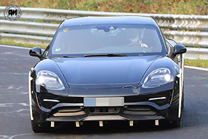Mark Webber e la futura e rivoluzionaria Porsche Mission E