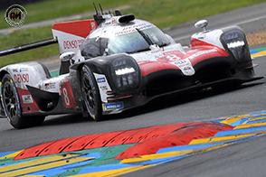Fernando Alonso su Toyota vince la 24 ore di Le Mans