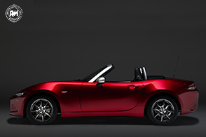 Mazda MX-5 Limited Edition in partnership with Pollini Heritage