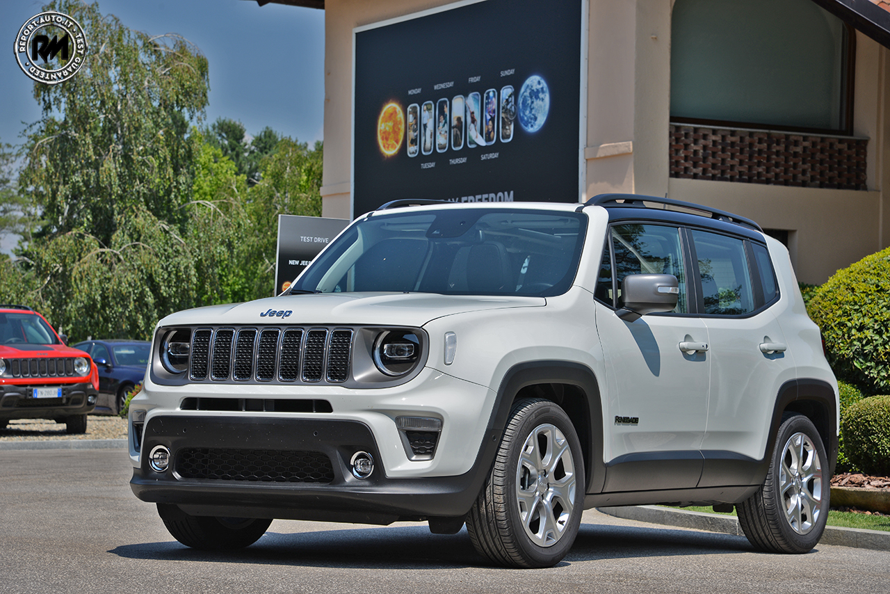 efficienza personalit e sguardo al futuro nuova jeep renegade 2019. Black Bedroom Furniture Sets. Home Design Ideas