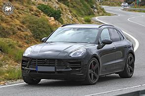 Debutto previsto per fine anno per la nuova Porsche Macan