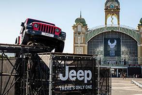 Jeep festeggia a Praga i 115 anni di Harley-Davidson