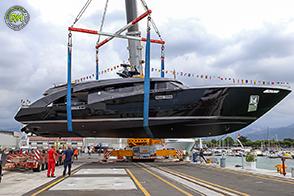 Freedom la nuova imbarcazione di 27 metri di Roberto Cavalli