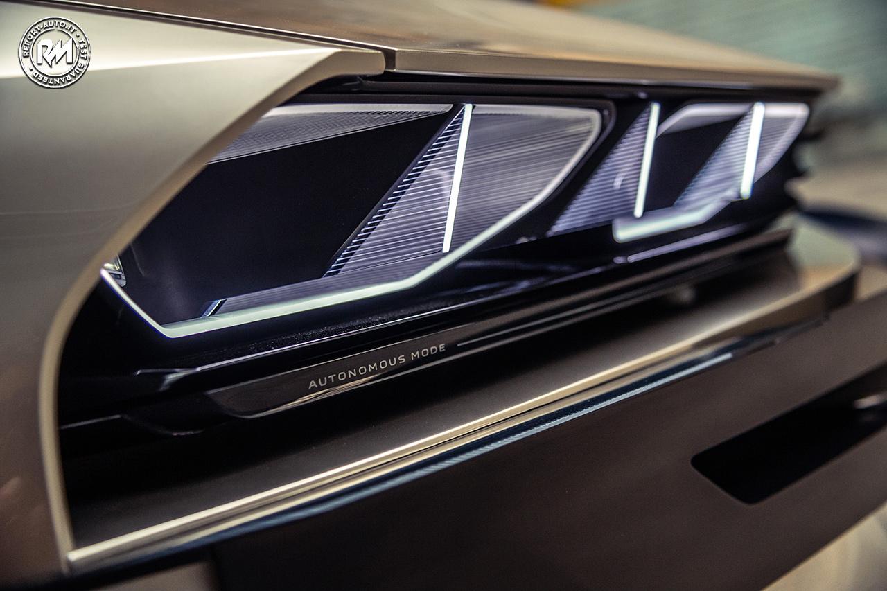 La Rivoluzionaria Peugeot E Legend Concept Reportmotori It