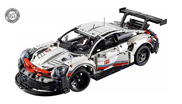Porsche 911 RSR by Lego Technic