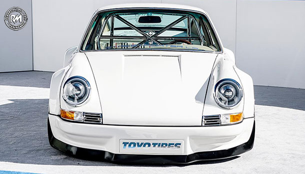 Porsche 911 Full Electric by Streetfighter LA