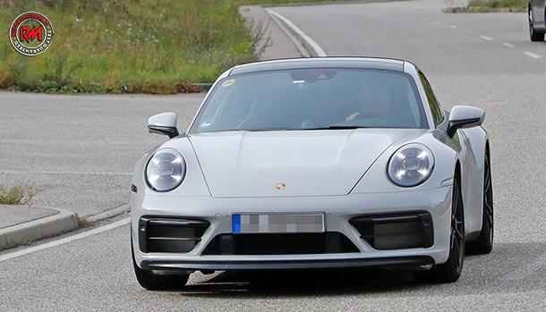 Porsche 911 GTS