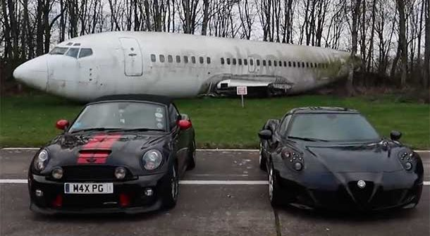 Alfa Romeo 4C vs Mini Cooper JCW Roadster