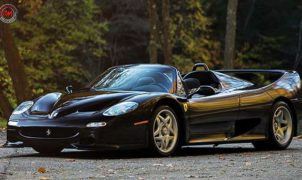 Ferrari F50: solo 4 esemplari all black e con scarico dritto!