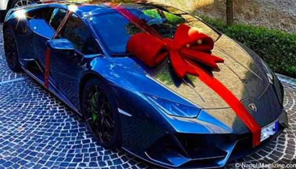 Lorenzo Insigne Lamborghini Huracan Evo