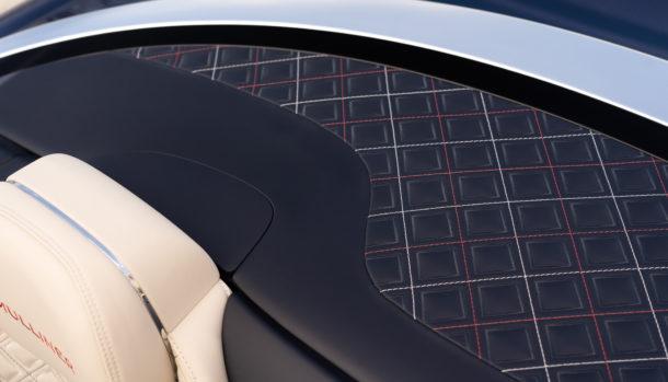 Un look esclusivo, la griglia double Diamond caratterizza il frontale Bentley Continental GT Convertible 5