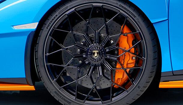 Bridgestone Potenza Lamborghini Huracan STO
