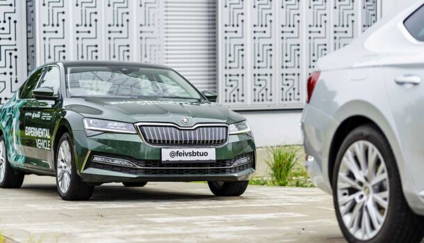 Skoda Superb iV - Follow the Vehicle