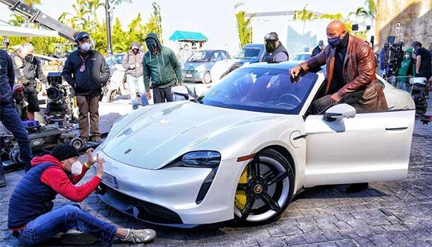 The Rock Dwayne Johnson - Porsche Taycan Turbo S