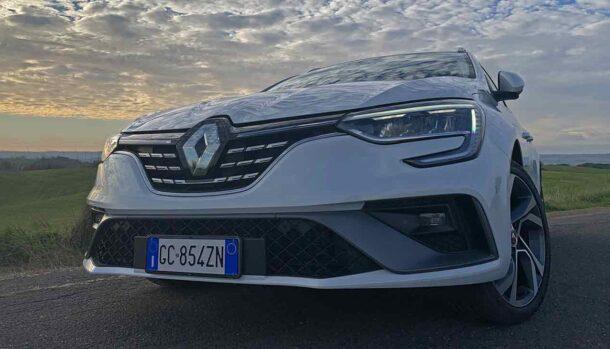 Nuova Megane Sporter E-Tech Plug-In Hybrid