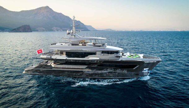 Tony Parker - Kando110 Series Explorer Yacht