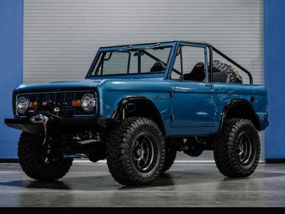 Ford Bronco V8