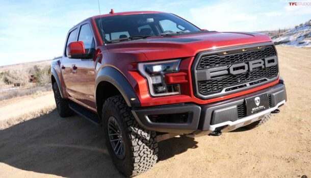 Ford F-150 Raptor vs RAM 1500 TRX