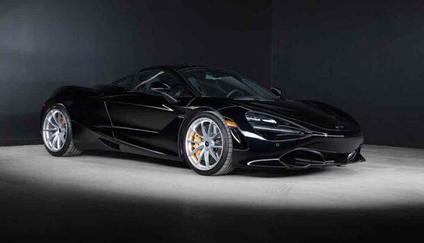 McLaren 720S Black