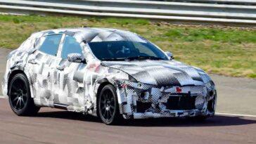 Ferrari Purosangue - Test Fiorano