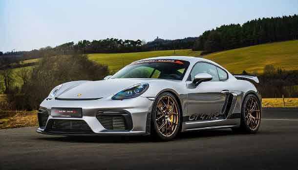 Porsche Cayman GT4 by Manthey Racing