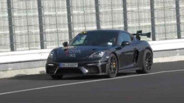 Porsche 718 Cayman GT4 RS 2022