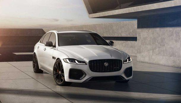 Jaguar R-Dynamic Black